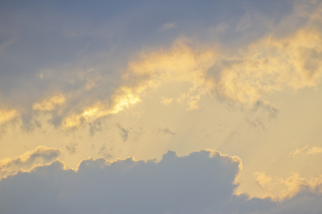 evening_cumulus_clouds